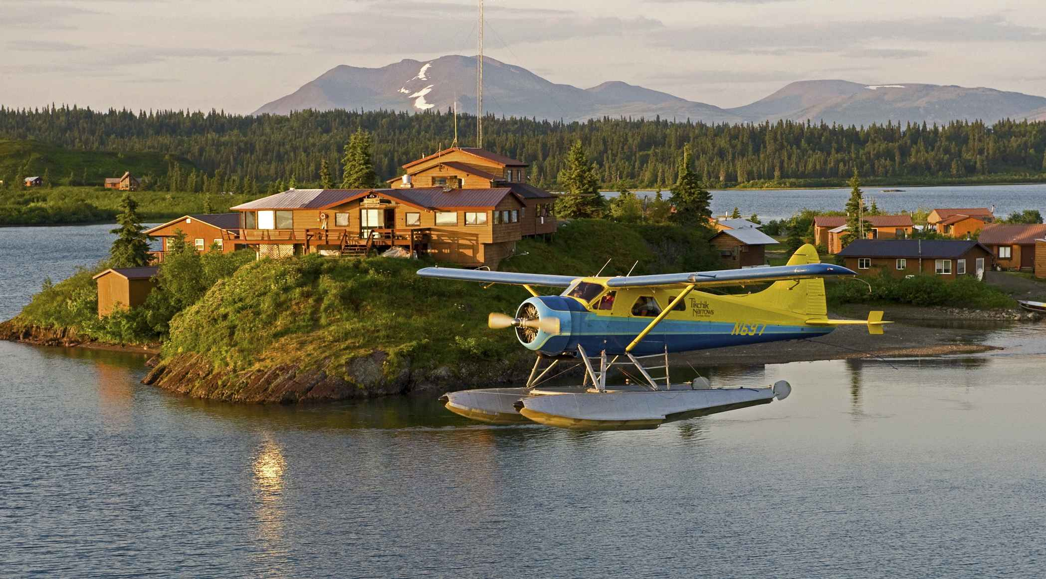 Alaska Fishing Lodge - FrizeMedia