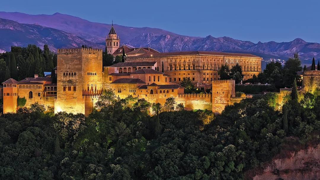 #Andalucia - #Travel Guide Art Culture Of #Andalusia #FrizeMedia