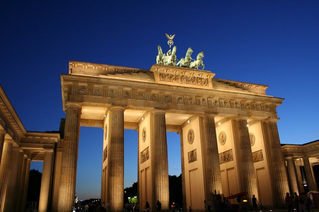 Brandenburg Gate Berlin germany - Frizemedia - Digital Marketing Advertising consulting