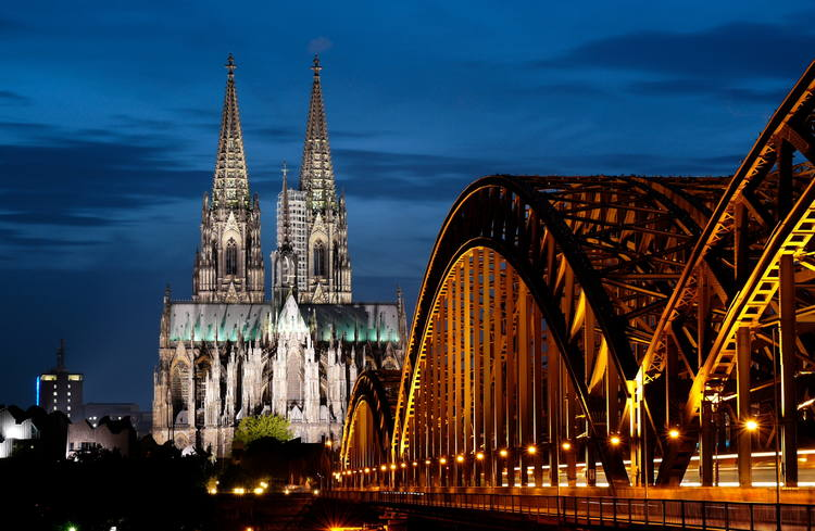 Cologne Cathedral Germany - FrizeMedia - Digital Marketing Advertising Consulting
