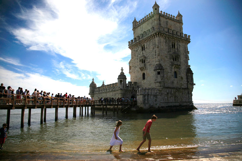#Portugal – #Travel Tips On Lisbon Algarve And Lagos #FrizeMedia