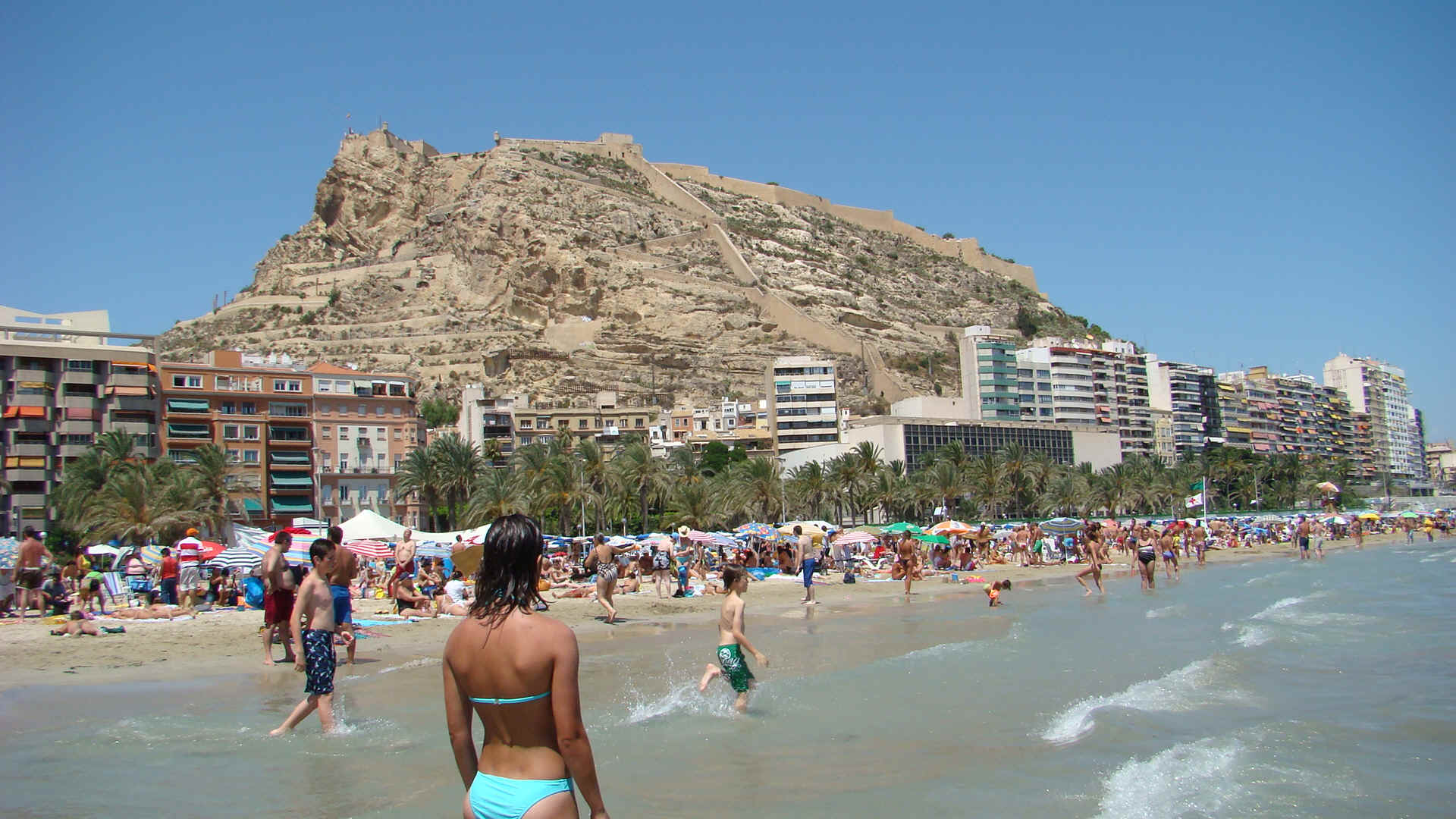 Alicante And Its Coastal Resorts