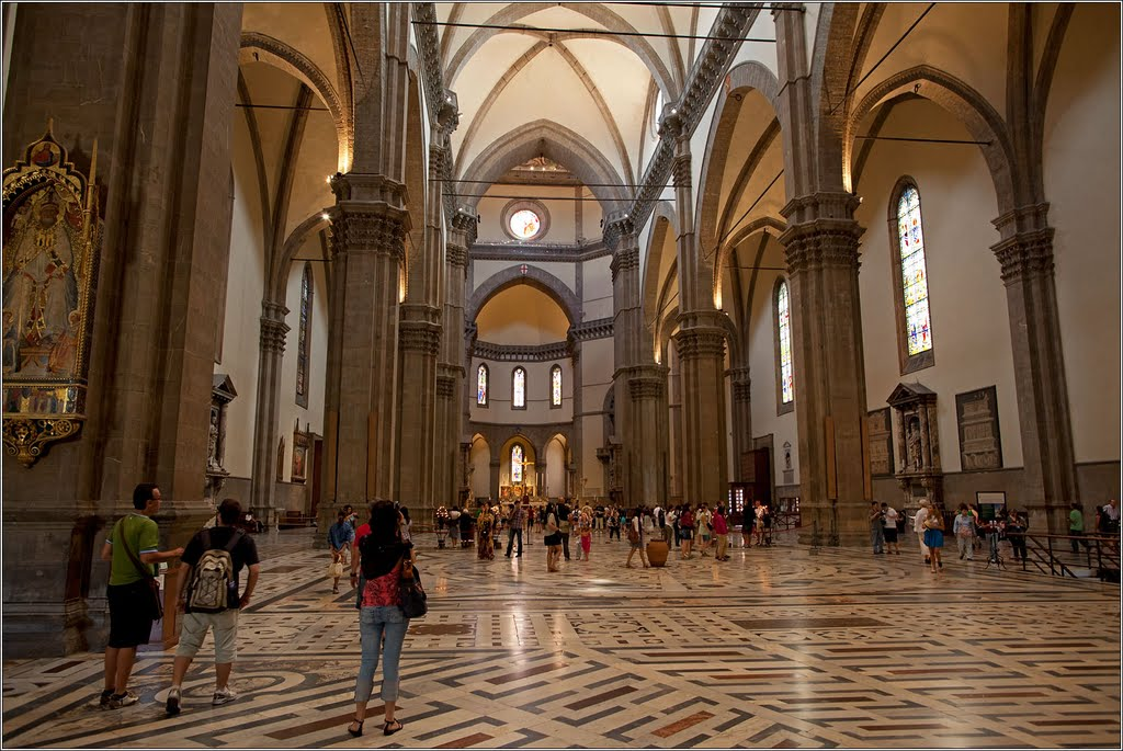 Florence Duomo Italy - FrizeMedia - Digital Marketing Advertising PR Consulting