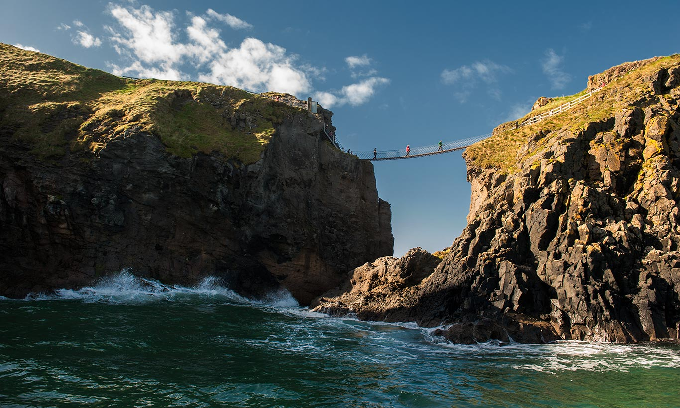 Ireland - Carrick A Rede Rope Bridge - FrizeMedia