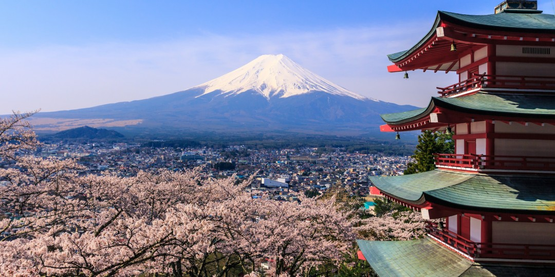 #TravelJapan - An Overview Of #Japan For Travellers #tourism #travel #FrizeMedia - Mount Fuji