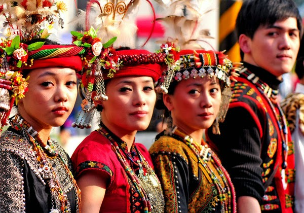 Taiwan Indigenous People - FrizeMedia