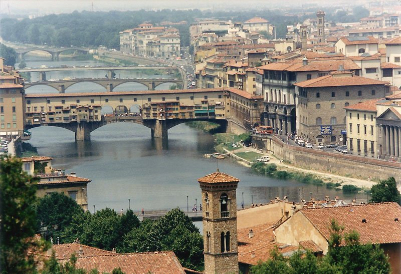 Tuscany Florence - River Arno - Medieval Bridge - Italy